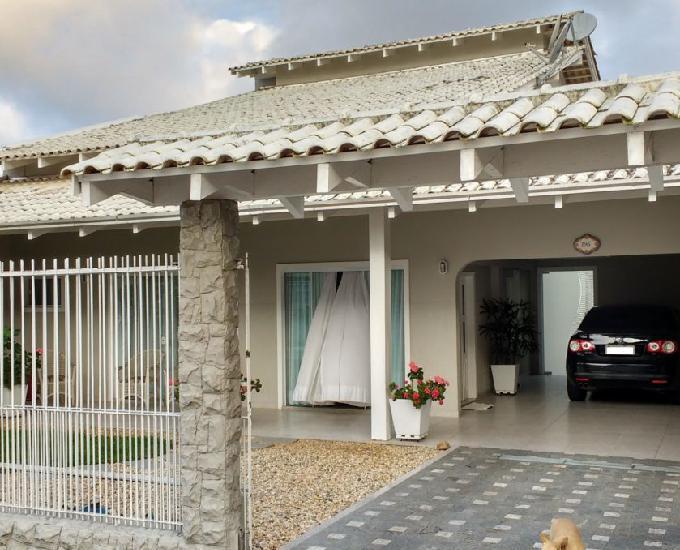 Troco linda casa por chácara ou propriedade rural
