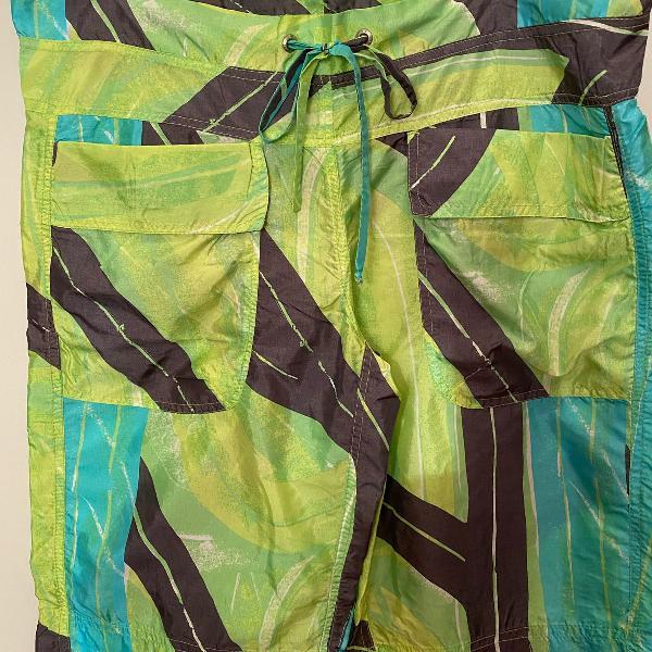 Bermuda nylon estampado fit