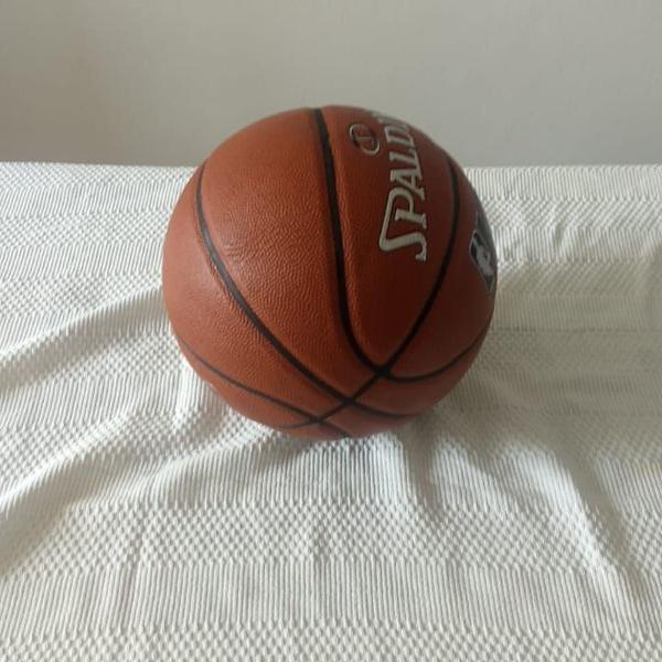 Bola basquete spalding