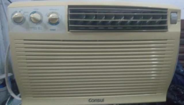 Ar condicionado (quente e frio)