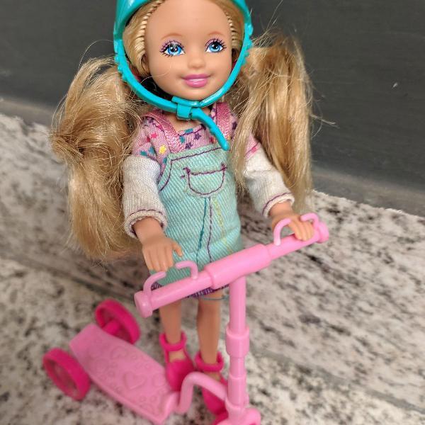 Boneca kelly (irmã da barbie)