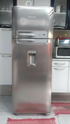 Geladeira duplex inox electrolux com dispenser