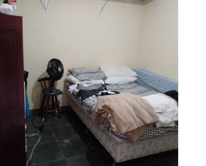 Kits, fundo da residência, área 35 m2, prox. metro lilas