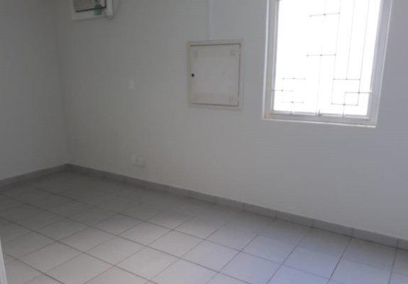 Loja para locação/venda - 331 m² - jd. califórnia