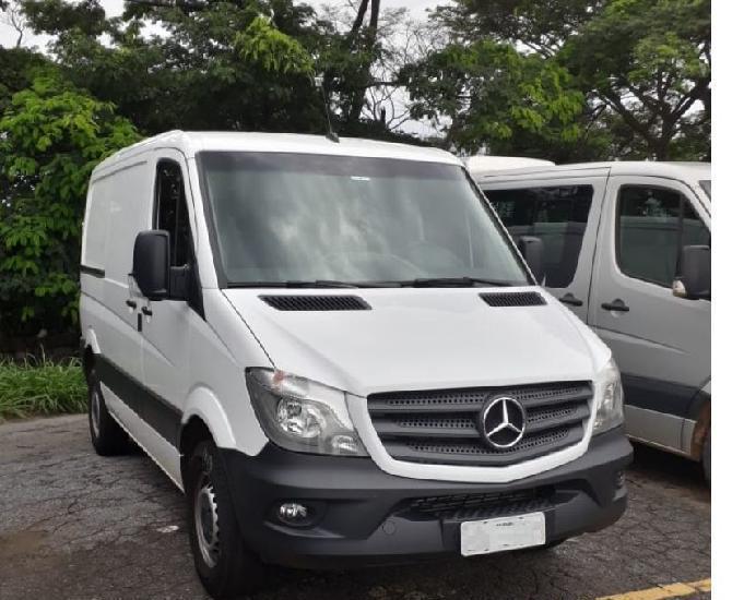 Sprinter 415 ano 2019 furgão zero km impecável