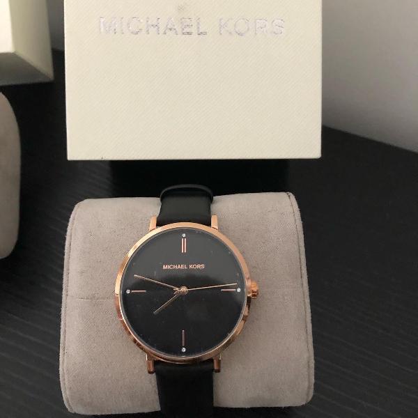 Impecável relógio michael kors preto