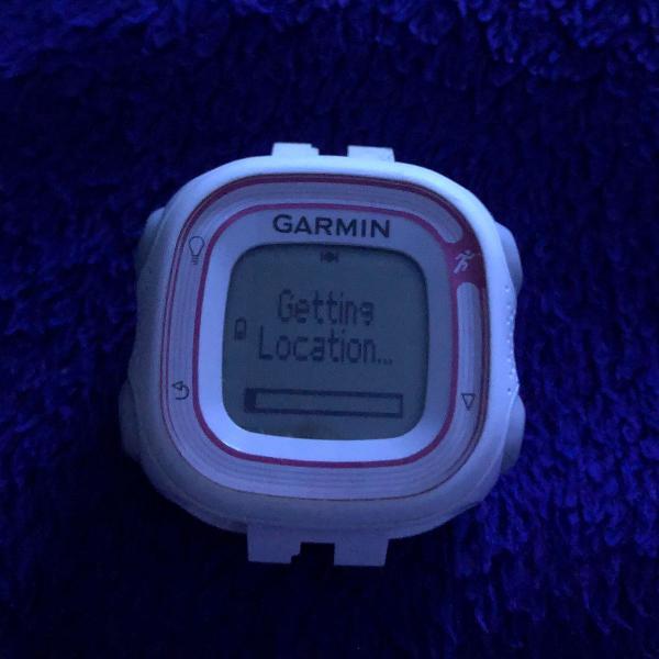 Relógio c/ gps garmin forerunner 10
