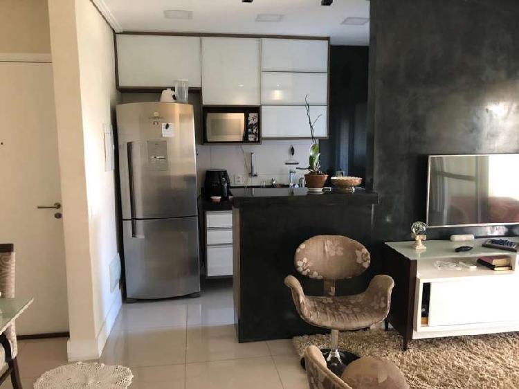 Apartamento para aluguel possui 66m com 2 quartos mobiliado