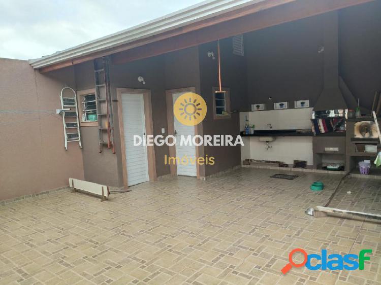 Casa à venda em Atibaia com excelente localização 3