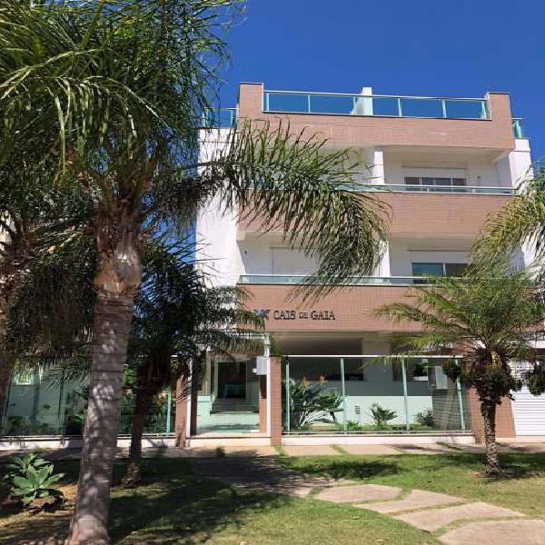 Apartamento 2 dormitórios próximo a praia campeche -