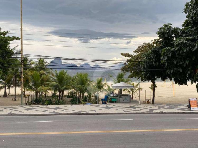 Apartamento praia de icaraí frontal mar, no melhor ponto da