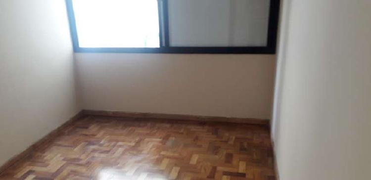 Apartamento para aluguel tem 67 metros quadrados com 2