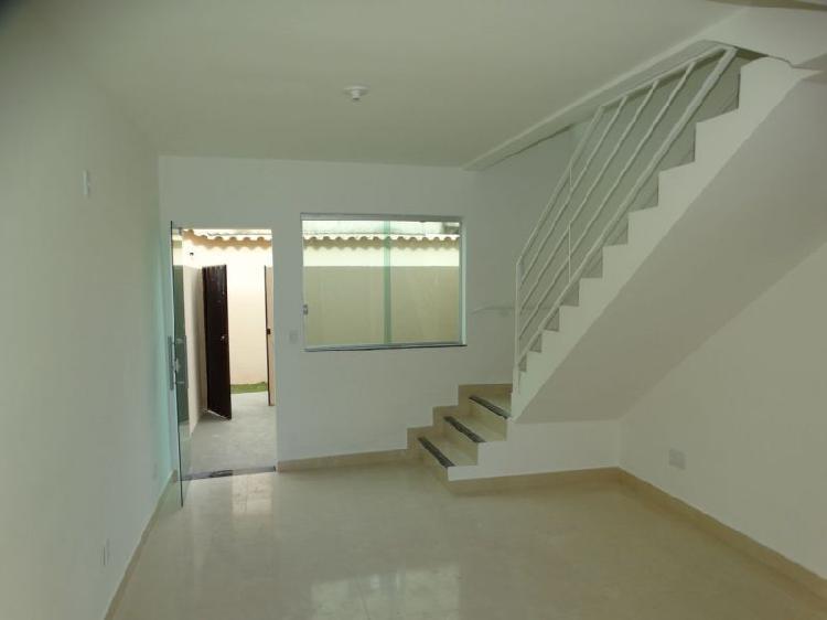 Casa duplex no sevilha com entrada semi-individual, próximo