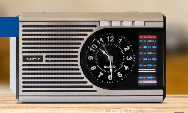 Rádio retrô telespark clock - belíssimo