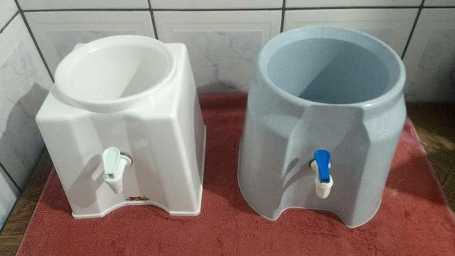 Suporte p/ galão d'água