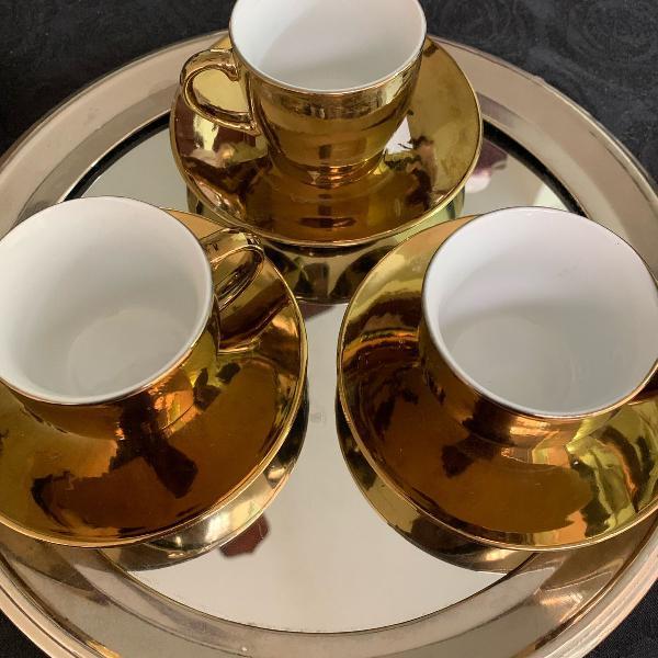 Jogo xícaras café dourado