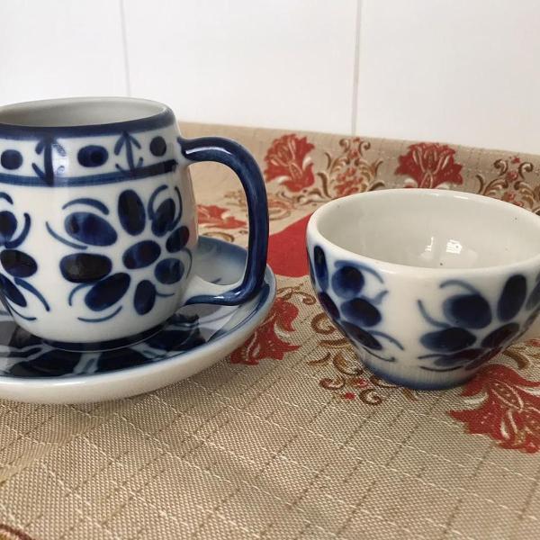 Xícara de chá e de café com 1 pires sem avarias da
