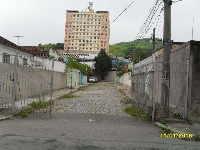 Alugo ótima casa no centro de nova iguaçu - rj