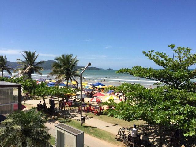 Apartamento colado na praia - itapema - meia praia