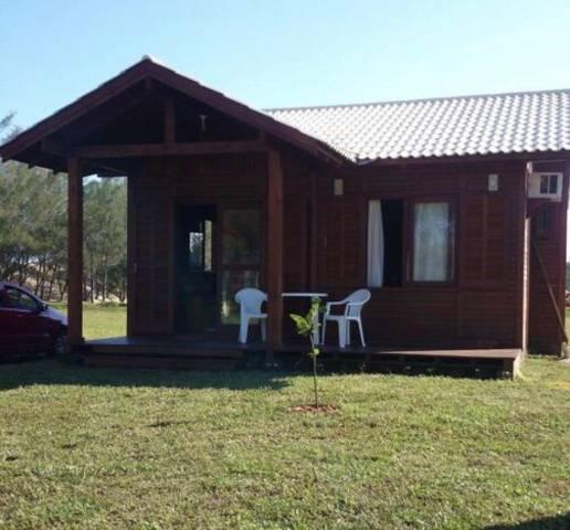 Casa estilo cabana a 50 mts da praia balneário gaivota sc