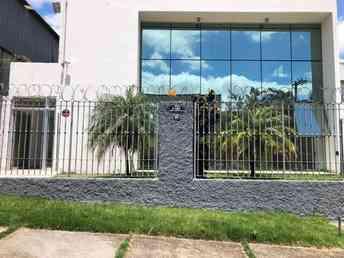 Casa para alugar no bairro jardim piemont, 1650m²