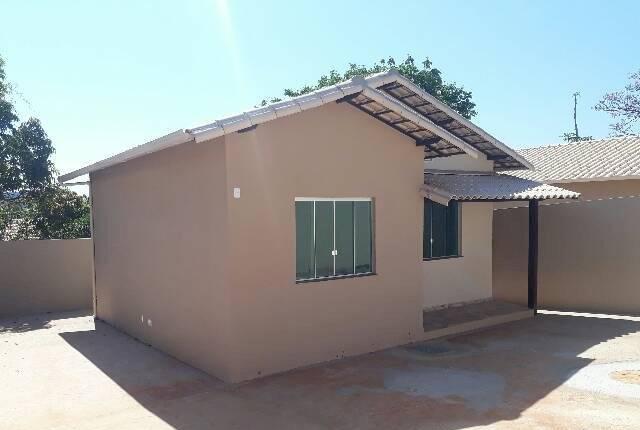Casas individuais 2 quartos ampla área externa em mário