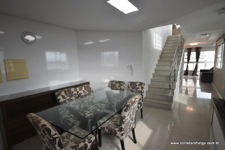 Cobertura para venda com 154 metros quadrados com 3 quartos