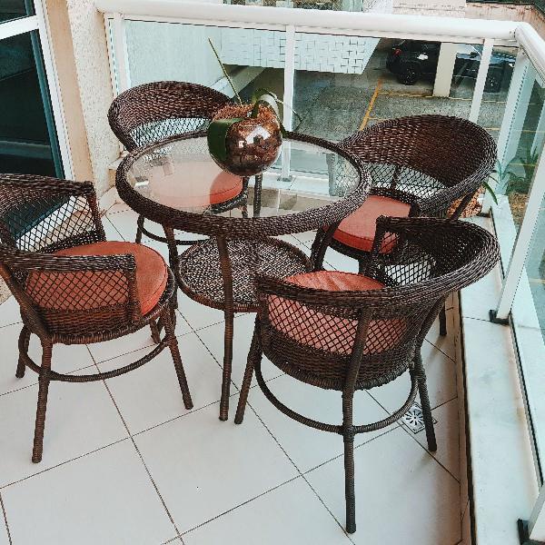 Conjunto de mesa fibra sintética - 4 cadeiras + mesa