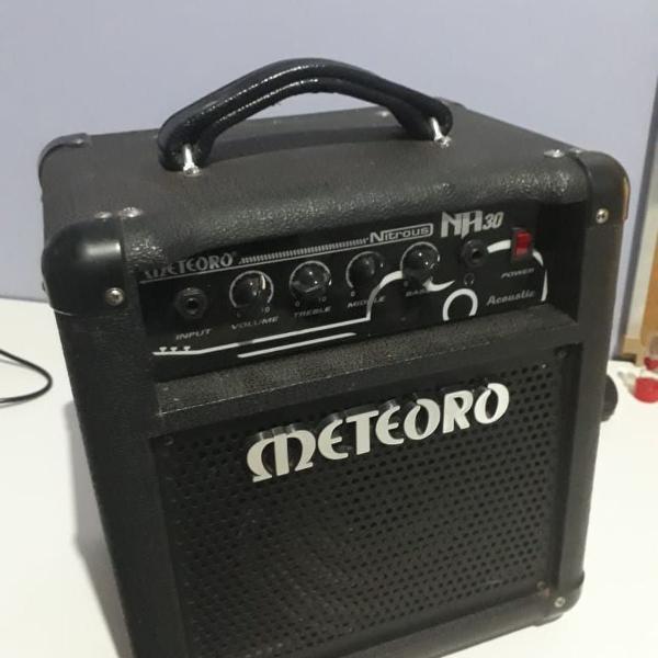 Cubo para violão meteoro na30