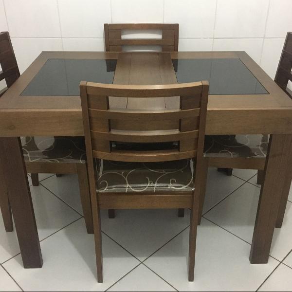 Mesa elástica de madeira imbuia