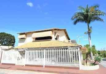 Casa com 4 quartos à venda no bairro guará i, 317m²
