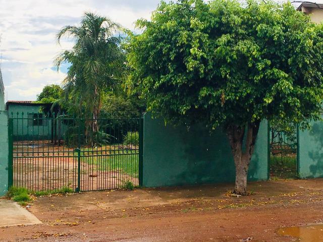 Casa em c.g. x chácara com córrego - bairro tiradentes