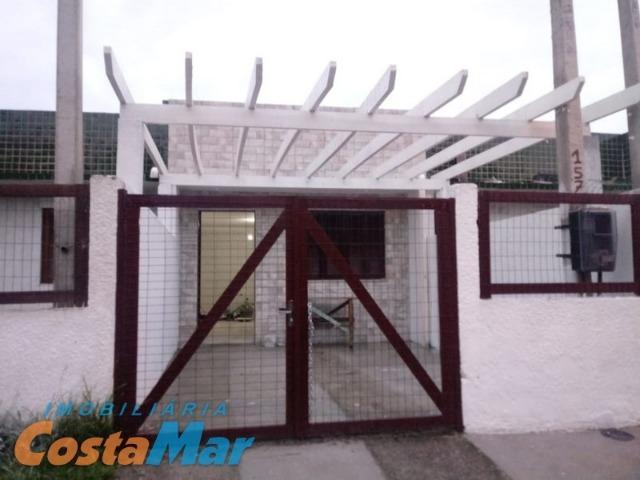 Casa geminada de alvenaria em nova tdai 2 dorm zona de