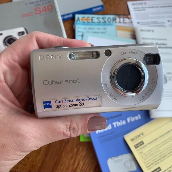 Câmera digital sony - dsc-s40