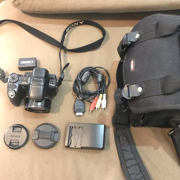Câmera semi profissional cyber shot sony