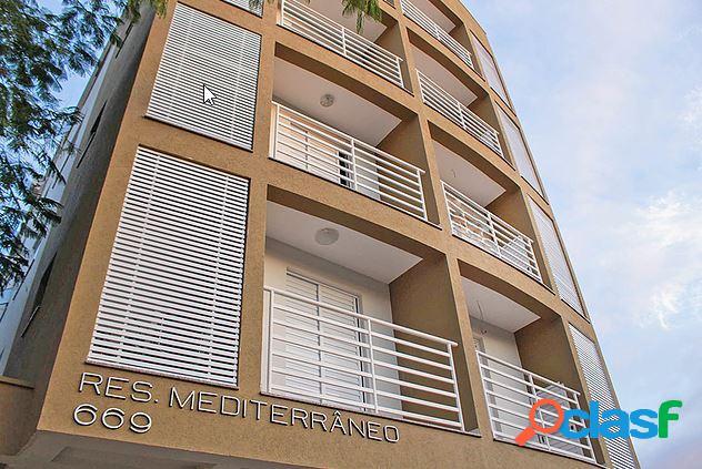 Apartamento três dormitórios sendo um suite