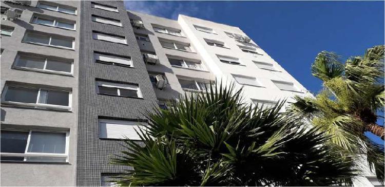Excelente apartamento de 2 dormitórios do bairro
