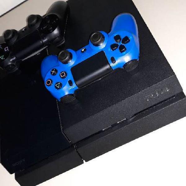 Ps4 500gb 2 controles + 8 jogos
