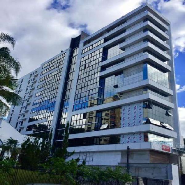 Apartamento para venda possui 140 metros quadrados com 3