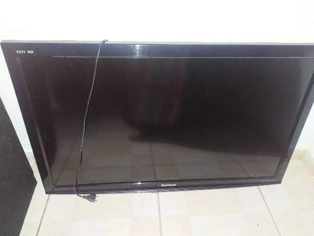 "Tv panasonic - 42"" - usada"