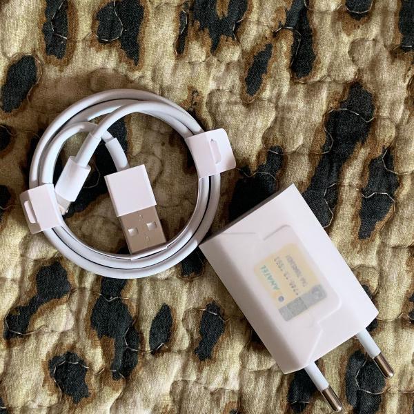 Kit carregador e cabo lightning apple - novo e original