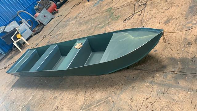 Barco plástico pp 3.8 metros