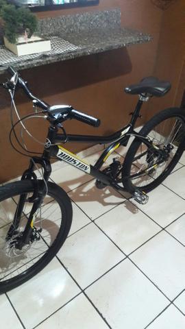 Bicicleta aro 26 (freios a disco)