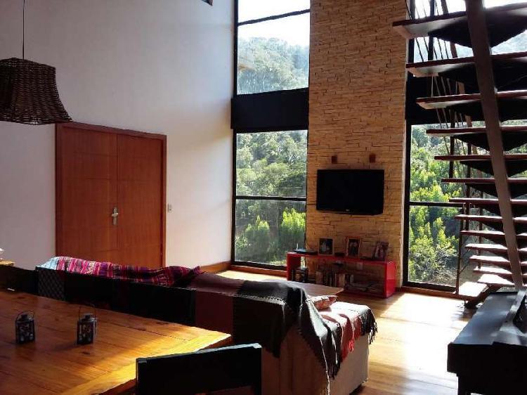 Casa no condomínio recanto da reserva em santa teresa (es)