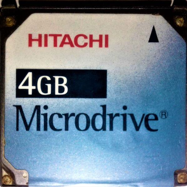 Cartão microdrive de 4 gb da hitachi