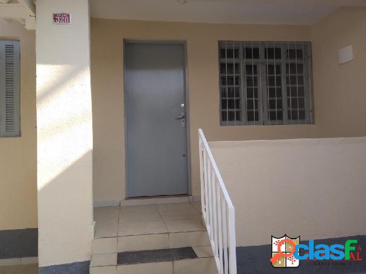 Casa independente - pq jaboticabeira - 2 dormitorios