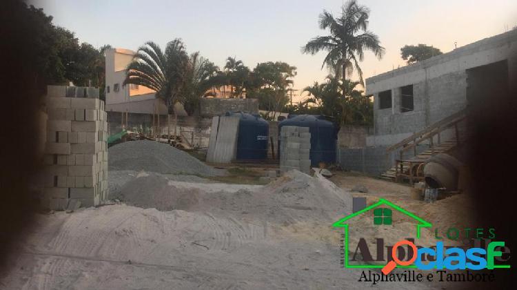 Terreno plano à venda no residencial alphaville 2 com 560m²