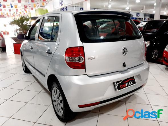 Volkswagen fox city 1.0 mi 1.0mi total flex 8v 5p prata 2009 1.0 flex