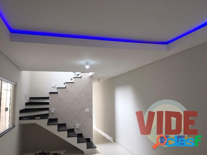 Surpreenda-se! sobrado novo, com projeto moderno, 3 dormitórios (1 suíte), 175 m², no jd. satélite. excelente acabamento!