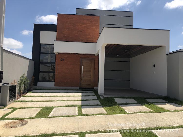 Casa de condomínio para venda possui 105 metros quadrados